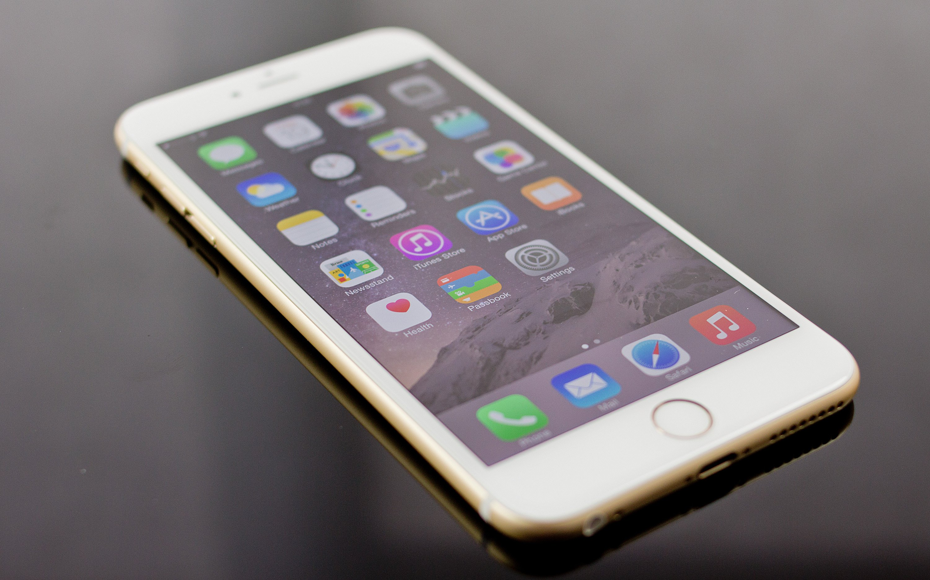 iPhone 6 Plus Preview Mg