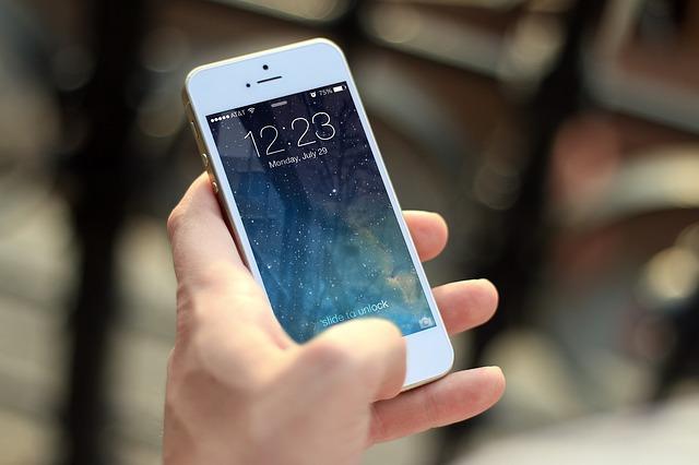 Iphone Held